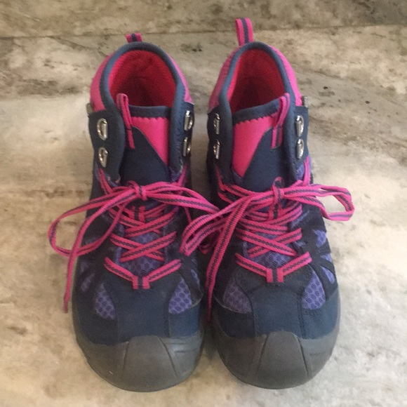 88a3f3cc8b Merrell Shoes   Girls Hiking Boots 2 Youth Almost New   Poshmark